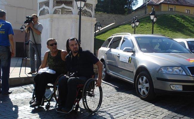 Ралі «Буковинські Карпати 2010» на автомобілях з ручним керуванням